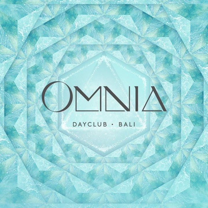 Hang Out at Omnia Dayclub