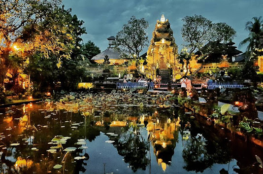 Saraswati Ubud Temple