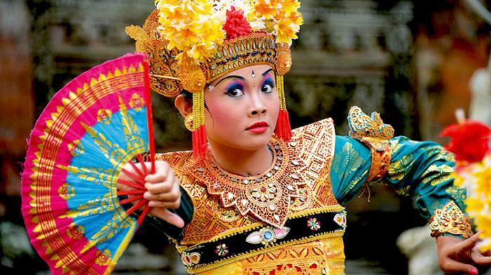 Again! An object tourism of Ubud that is adorable with its cultural history and natural beauty along with fun performing arts that will never stop attracts tourists to visit this place.