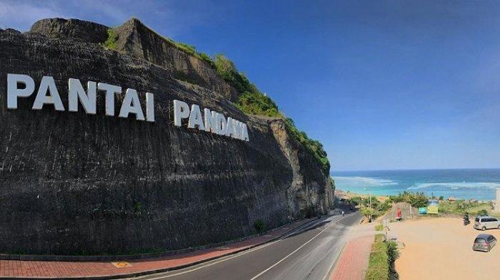 The popularity of Pandawa beach as one of the tourist attractions on the island of Bali makes it a must-visit place and tour destination when tourists choose a tour package in Bali, especially when taking a tour to the Bali Selatam area.