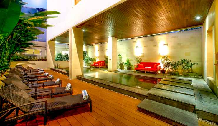 Cozy Atmosphere at Euphoria Kuta Hotel