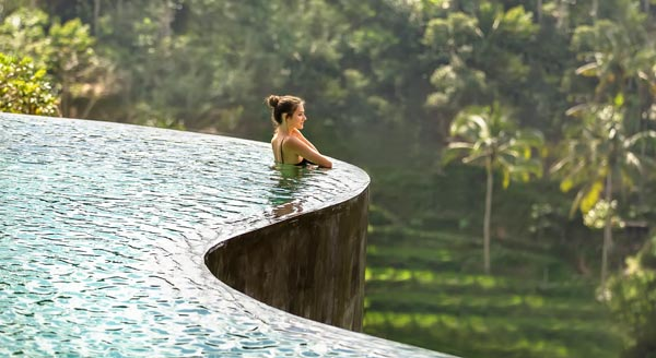 Infinity Pool of The Kayon Jungle Resort