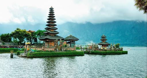 Bedugul Lake in Bali